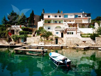 Holiday home 173451 - code 187635 - apartments in croatia