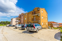 Holiday home 172737 - code 186084 - Apartments Pula