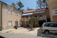Holiday home 166422 - code 170811 - Apartments Zubovici