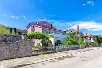 Holiday home 102766 - code 2852 - apartments in croatia