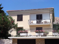 Holiday home 104283 - code 4349 - Baska