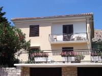 Holiday home 104283 - code 4356 - Baska