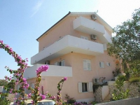 Holiday home 103971 - code 4038 - Apartments Seget Vranjica