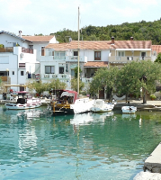 Holiday home 152925 - code 141725 - Apartments Otok