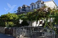 Holiday home 165567 - code 169002 - Apartments Postira
