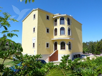 Holiday home 167319 - code 173472 - Apartments Starigrad