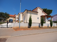 Holiday home 153052 - code 142087 - Apartments Valbandon