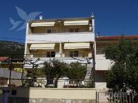 Holiday home 166695 - code 171600 - Apartments Komiza