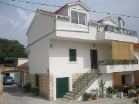 Holiday home 166272 - code 170400 - Apartments Seget Vranjica
