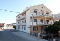 Holiday home 139061 - code 115293 - sea view apartments pag