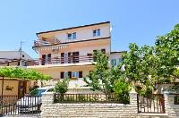 Holiday home 174630 - code 190827 - Pjescana Uvala