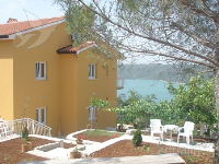 Holiday home 175134 - code 191820 - Trget
