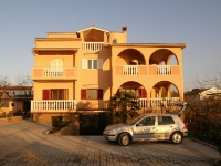 Holiday home 103510 - code 3845 - Apartments Valbandon
