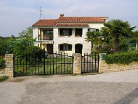 Holiday home 105462 - code 5540 - apartments in croatia