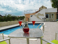 Holiday home 174024 - code 189396 - island brac house with pool