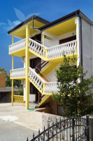 Holiday home 173907 - code 189021 - Apartments Starigrad