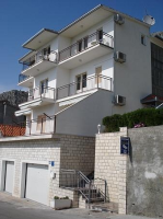 Holiday home 134096 - code 133617 - omis apartment for two person