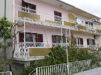 Holiday home 147515 - code 133105 - apartments trogir