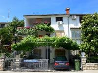 Holiday home 170601 - code 181692 - Apartments Porec