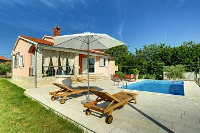 Holiday home 177273 - code 196086 - island brac house with pool