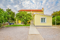Ferienhaus 143059 - Code 124852 - Omisalj