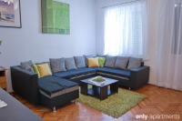 HOLIDAY INN - HOLIDAY INN - apartments split