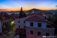 TONI AND INA - TONI AND INA - Split in Croatia