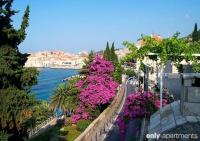 QUEEN'S - QUEEN'S - Dubrovnik