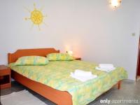 Apartments Dalmatino-Citrus room - Apartments Dalmatino-Citrus room - Haus Klek