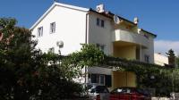 Apartments Milka - A2+2 - Apartments Okrug Gornji
