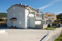 Apartments J & S - A4+2 - Apartments Banjol