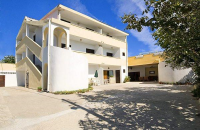 Apartments Holiday House Bed & Breakfast - A3+2 - Razanac