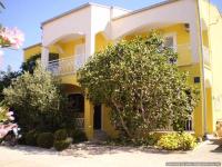 Apartments Leros - Studio+2 - Apartments Starigrad