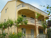 Apartments Eškinja - A4+2 - Sveti Filip i Jakov