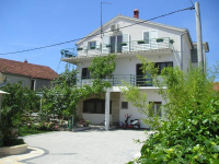 Apartments Regina - A2+2 - Brodarica