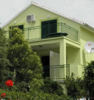 Apartments Vili - Studio - Apartments Pirovac