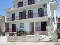 Apartments Lanterna - A4+2 - Apartments Primosten