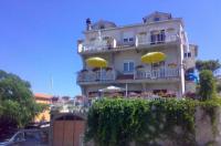 Apartments Iris - A2 - Primosten