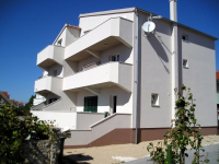 Apartments Rino - A2+2 - Vodice