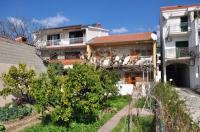 Apartments Marić - A6+2 - Podstrana