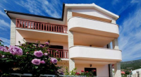 Apartments Silvana - A7+1 - Apartments Podstrana