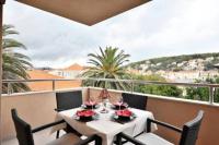 Apartment Lazaneo - A4 - Apartments Jelsa