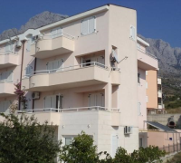 Apartmani Barać - A2+2 - Promajna