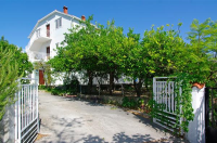 Apartments Family House Duzevic - A8+2 - Apartments Orebic