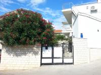 Apartman Karmela - A2+2 - Apartmani Okrug Gornji