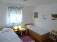Apartmani Blažan - A2+2 - Sobe Privlaka