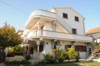 Apartmani Ljubica - A5+1 - Apartmani Pakostane