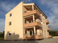 Apartmani Ivana - A4+2 - Apartmani Sveti Filip i Jakov