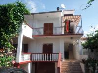 Apartmani Zoran - A3+2 - Apartmani Sveti Filip i Jakov