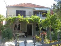 Apartmani Toni - A2+2 - Pirovac